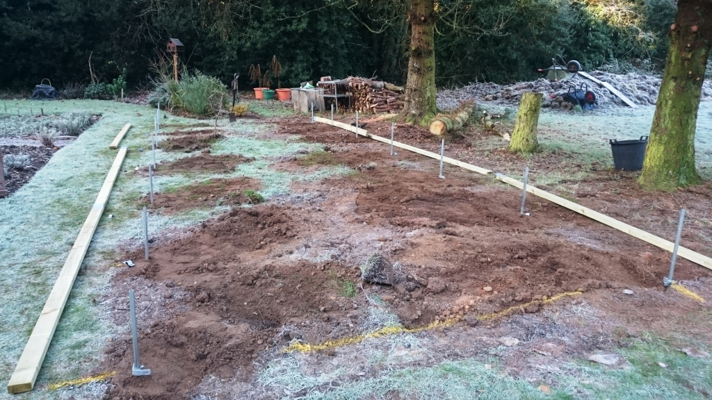 10x30-Polytunnel-base-rails